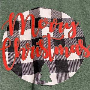Gildan Tops - Pullover Holiday Sweatshirt. New Condition!